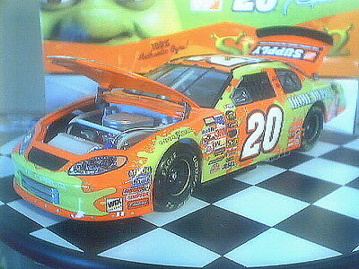 Tony Stewart 2004 #20 Home Depot Shrek Ii 1:24 Action Nascar Diecast - New