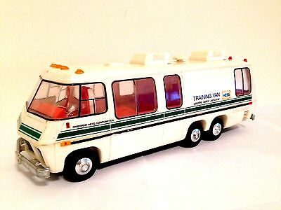 1980 Hess Training Van - Missing some pieces - NO BOX