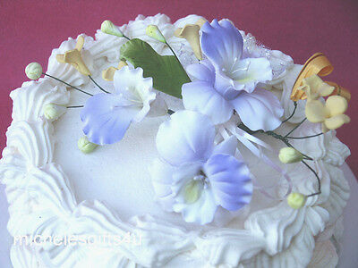 Sugar Gum Paste Lavender & White Lily/Orchid Stephanotis Cake Flowers & Ribbons