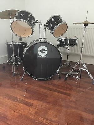 5 piece drum kit in black (local delivery possible)