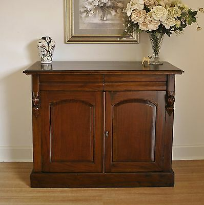 Rustic Antique Style 2 Door 2 Drawer Mahogany Sideboard Buffet Cabinet /TV Stand