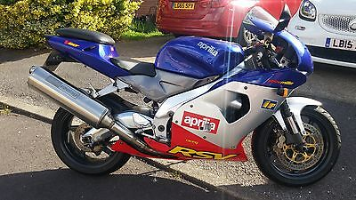 Aprilia rsv 1000, 2001 only 8000mls from new!
