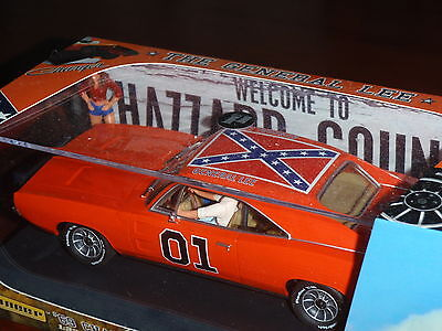 Pioneer - Dukes of Hazzard - General Lee  P0-16