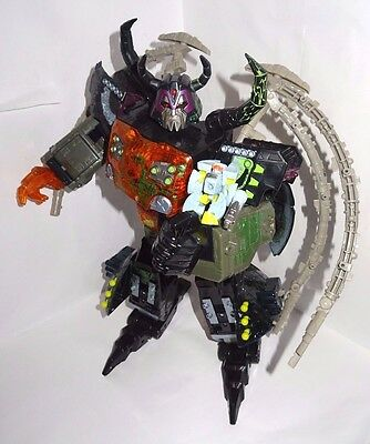 Transformers G1**dark Energy Unicron 100 % Complete**must See**