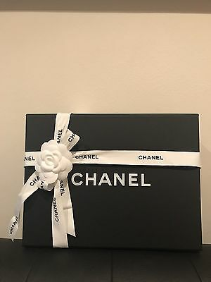 Authentic Chanel Magnetic Closure Gift Box With 🎀& 🌺
