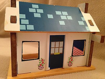 Wooden Balamory PC Plum's Police Station House