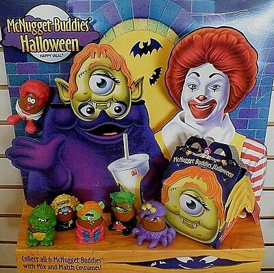McDONALD'S - McNUGGET BUDDIES HALLOWEEN HAPPY MEAL DISPLAY - PLUS 6 NIB TOYS