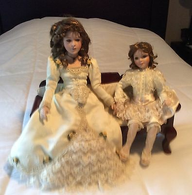 Show Stoppers Victorian Mother Daughter Pair With Wood Couch Display