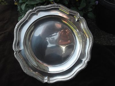 1827 very good Georgian diner plate by Royal Silversmith Robert Garrard 22ozs