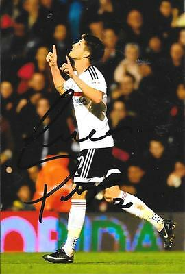 Lucas Piazon Fulham Signed 6 X 4 Current Season Photo