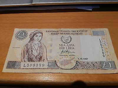 Cyprus banknote £1 One Pound 1997  L509389  CIRCULATED