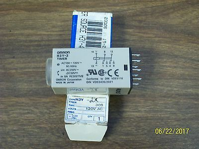 *new* Omron 0-60 Second Time Timer Delay Relay 120V , H3Y-2