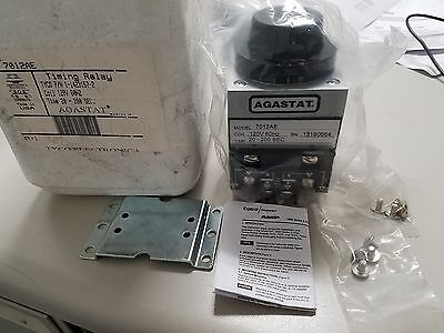 aNEW Tyco/Agastat 7012AE Relay Timing, 20-200 sec, 120VDC Coil New