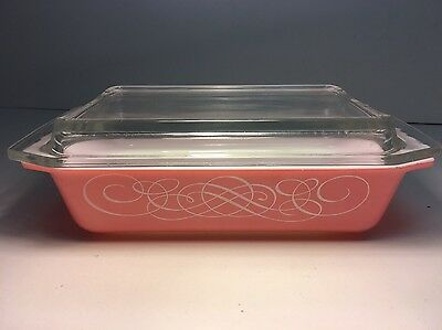 Vintage Pyrex 575-B Pink Scroll 2 Qt Space Saver with Lid 1958-59