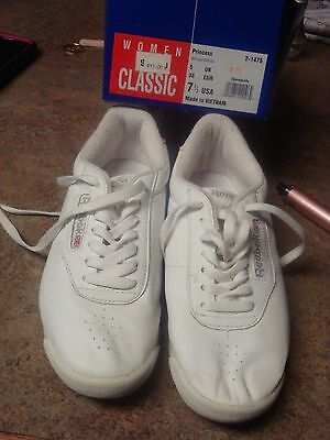 VTG REEBOK Tennis Shoes Classic white Walking Running Sports  Sneakers USA  7.5