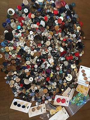 3.5 lbs Vintage/Antique Buttons Glass Plastic Wood Military Huge Mixed Lot