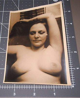 Nude Woman 1930's Homemade Porn Housewife Naked Lady Vintage Snapshot PHOTO 2