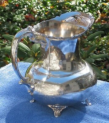 Elegant  ASCOT SHEFFIELD BY COMMUNITY Silver Plated footed Pitcher with ice lip