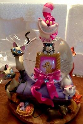 New! Disney Store Cats Cheshire cat Snow globe Aristocrats NOS In Box