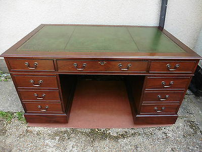 Large Antique Style Mahogany Leather Top Twin Pedestal Knee Hole Writing Desk.