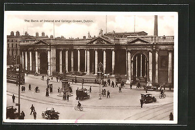 schöne AK Dublin, The Bank of Ireland and College Green, Strassenbahn 1933