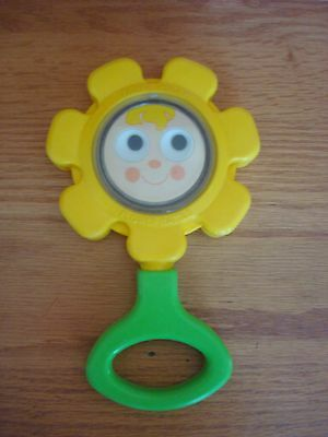Vintage 1973 Fisher Price Flower Rattle Baby Toy Loop Handle FREE SHIPPING