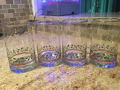 Set 4 Arbys 1983 Christmas Holiday Holly Berry Beverage Water Glasses Gold Trim