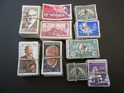 SOUTH AFRICA X 1000 USED STAMPS aprox. 10 BUNDLES X 100.  SALE LOT.  #T001