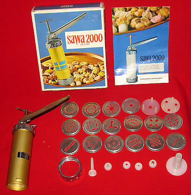 Nice Sawa 2000 Complete Deluxe Cookie Decorator Kit Made in Sweden