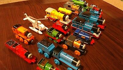 thomas the tank engine toy trains used 23 pieces