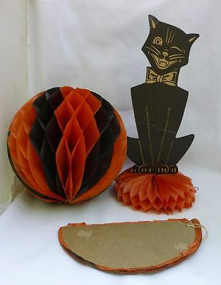 Vintage USA Halloween Paper Black Cat Table Display & 2 Hanging Balls