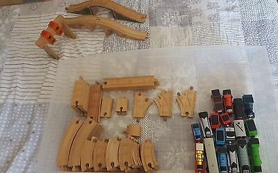 large wooden train track bundle with 18 piece thomas tank trains