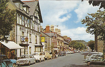 White Lion Royal Hotel & Old Cars, High Street, BALA, Merionethshire
