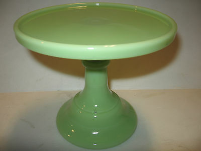 lime green milk Glass cake / cupcake serving stand plate pedestal raised jadeite