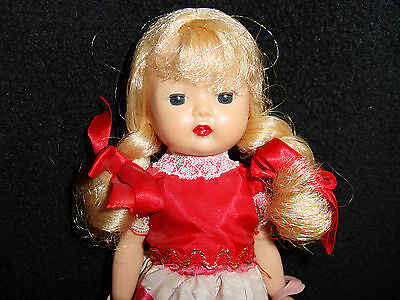 BEAUTIFUL VINTAGE HARD PLASTIC Blonde MUFFIE DOLL  All Original With Purse