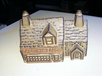 Vintage TREMAR POTTERY Cornwall Money Box THE MINERS ARMS. Mint