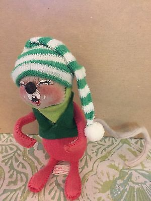 """Vintage Annalee 6"""" Red Winter Christmas Mouse In Green Hat & Coat 1989"""