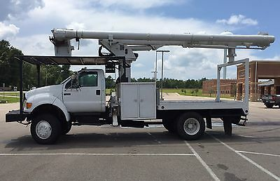 2006 Ford F-750 4 Wheel Drive Forestry Bucket Truck