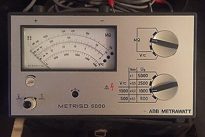 Metriso 5000 high voltage insulation tester