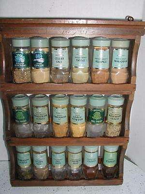 Vintage McCormick Wooden Wood Spice Rack + 18 Spices Very nice