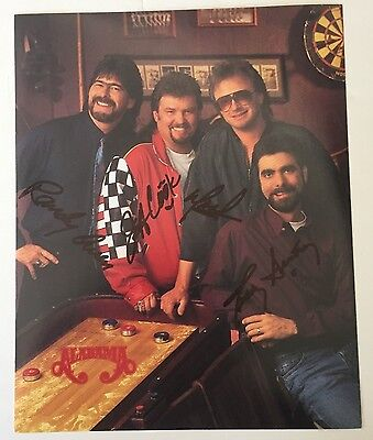 ALABAMA (THE COUNTRY GROUP) BAND SIGNED 8 x 10 COLOR PUBLICITY PHOTO