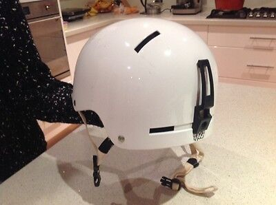 Giro adult white ski / snowboard helmet - size large - with carry bag