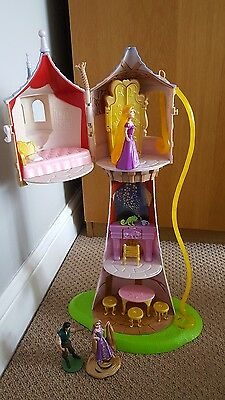 Disney Tangled - Rapunzel Tower With Furniture and Accessories