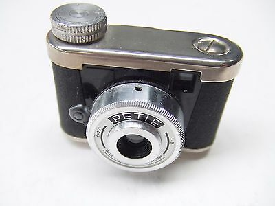 Walter Kunik Petie Subminiature Camera