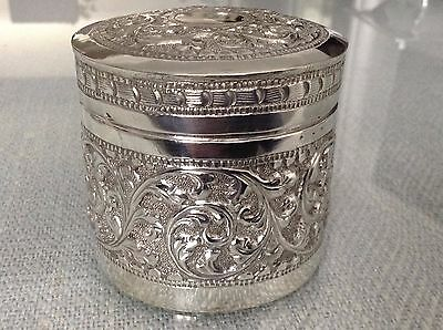 Stunning Indian Solid Silver Box 136.7 G