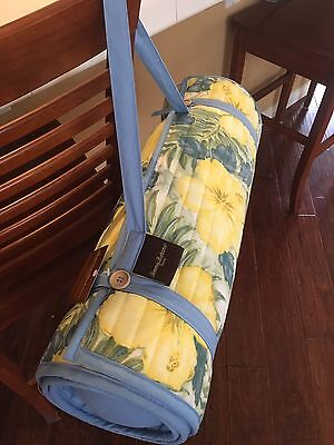 Tommy Bahama Roll Up beach mat with pillow Hibiscus NWT RARE PRINT