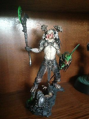 Sideshow Collectibles Predator Bad Blood Statue