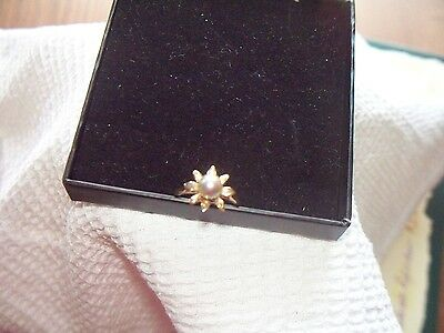 Vintage 9ct Yellow Gold Cultured Blue Pearl Flower Head Ring with Certificate