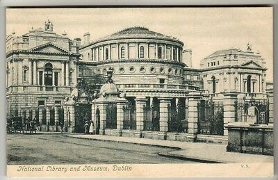 Dublin - National Library and Museum - Postcard