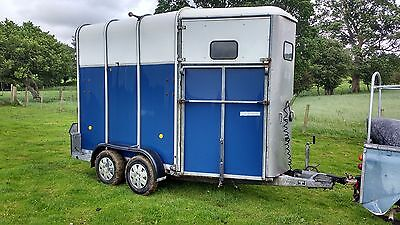 ifor williams HB510R horse box trailer twin axle serviced and ready to go blue
